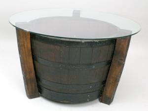mesa reciclada con tonel